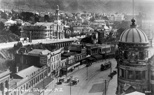 Braemar under construction in c.1924. National Library reference: Tanner Brothers Ltd (Publishers). Lambton Quay, Wellington. Ref: 1/2-050810-F. Alexander Turnbull Library, Wellington, New Zealand. http://natlib.govt.nz/records/22901802